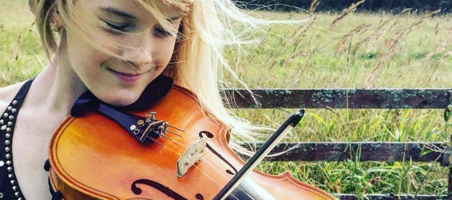 12 ÅR GAMMAL estnisk violinist Estella Elisheva ger två konserter i Japan