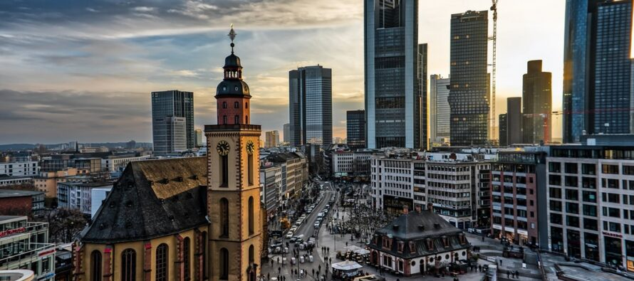 I DAG öppnades den fem dagar långa bokmässan i Frankfurt och dess huvudgäst är Norge