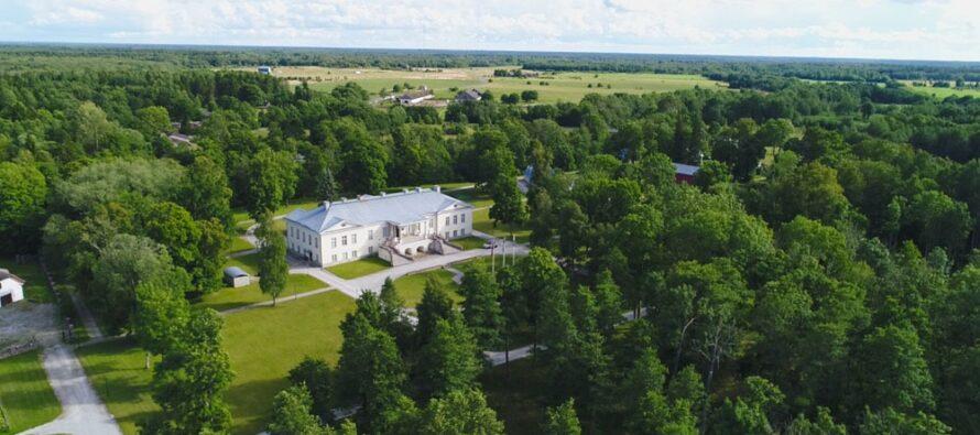 Estlands dyraste herrgård, som ägs av en finsk entreprenör, har länge varit utan friare: Coronaviruset har förvirrat många intressenters planer